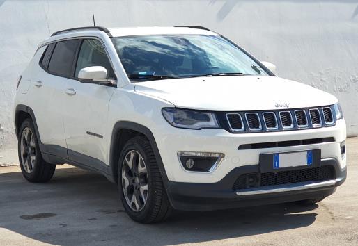 BluAuto s.r.l. Vendita auto usate in buone condizioni con garanzia di varie marche a Taranto